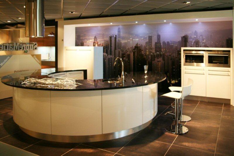 Design Keuken Groningen : Paul roescher outlet paul roescher outlet ronde designkeuken y24
