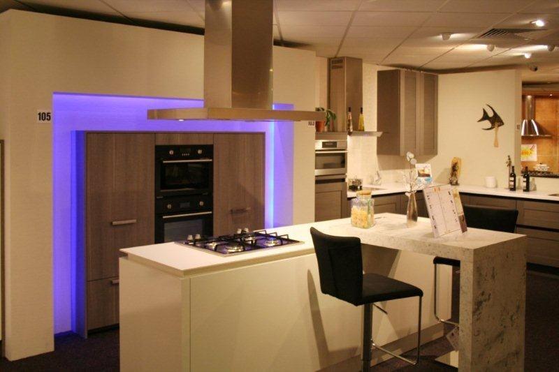 Keuken Met Bar Eiland : keukens u keukens eiland keukens hoek keukens rechte keukens losse