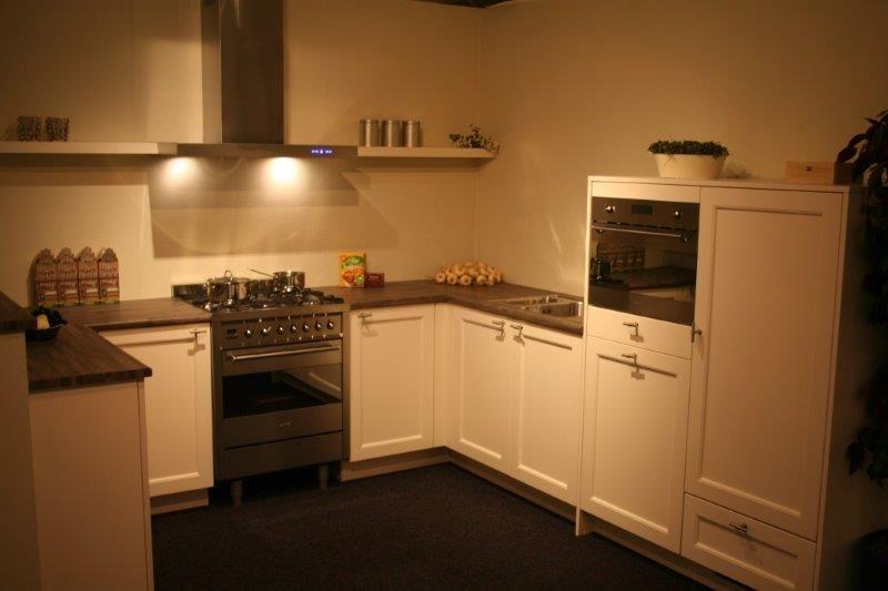 Een Gezellige Keuken : gezellige u keuken a97 50306 gezellige u keuken met een mooi