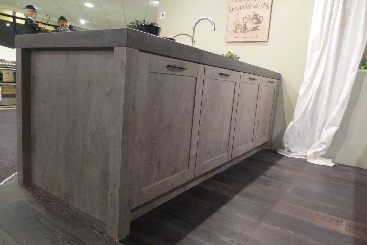 Grijze Keuken Outlet: Over grijze kasten op keukens en grijs.